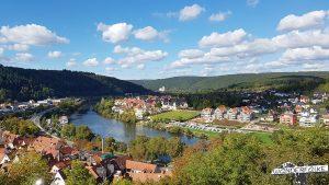 Blick von der Burg Wertheim auf die Mainschleife bei Kreuzwertheim
