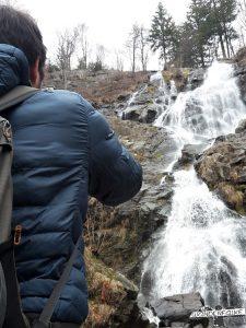 Die Todtnauer Wasserfälle im Winter beim Maier Sports Härtetest