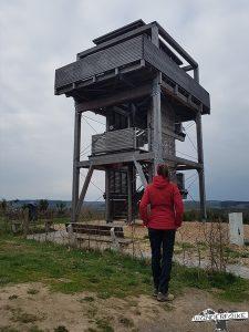 Aussichtsturm Wenden Sauerland Wandern Wanderfalke Online Wanderblog Härtetest Maier Sports
