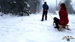 Winterwandern Veischeder Sonnenpfad Olpe-Fahlenscheid Skigebiet Schnee Wanderfalke