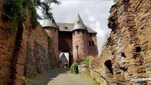 Burg Hengebach Heimbach Künstlerakademie Wildnis Trail Nationalpark Eifel