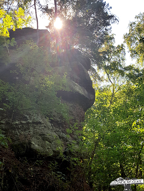Kletterfelsen Effels Nideggen Buntsandsteinroute Nordeifel im Nationalpark Eifel wandern