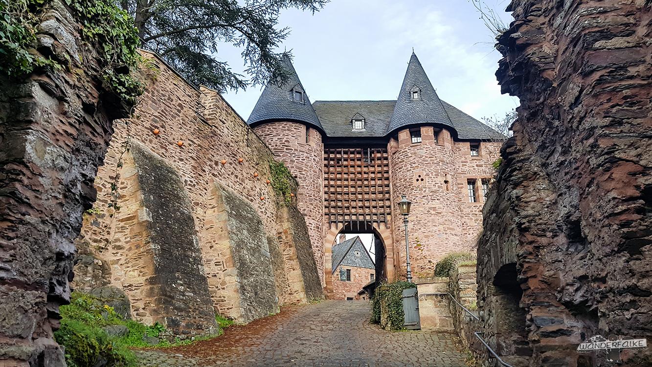 Burg Hengebach Künstlerakademie Heimbach Buntsandsteinroute