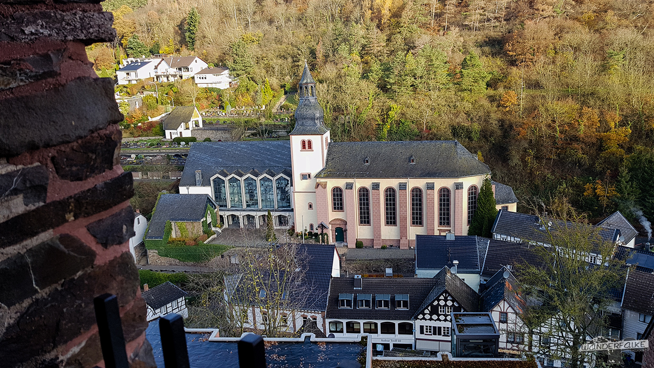 Aussicht vom Bergfried der Burg Hengebach in Heimbach Eifelblick