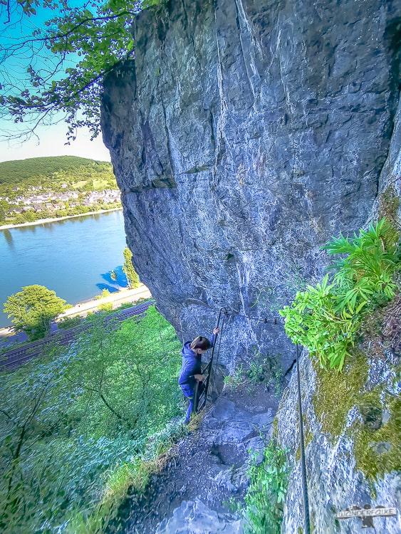 Mittelrhein Klettersteig Traumschleife um die Ecke klettern