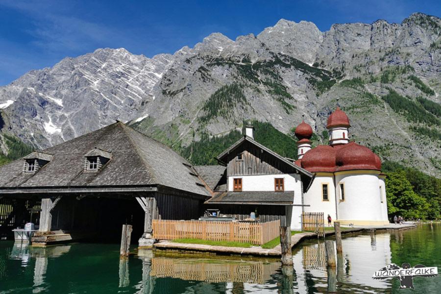 Bootshaus St Bartholomä mit Watzmann Ostwand