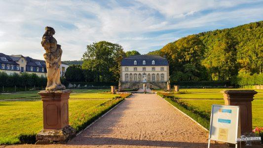 Schloss Echternach Orangerie NaturWanderPark delux Südeifel